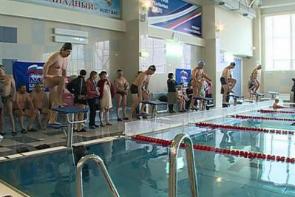 В Курске прошло первенство по плаванию среди пенсионеров.